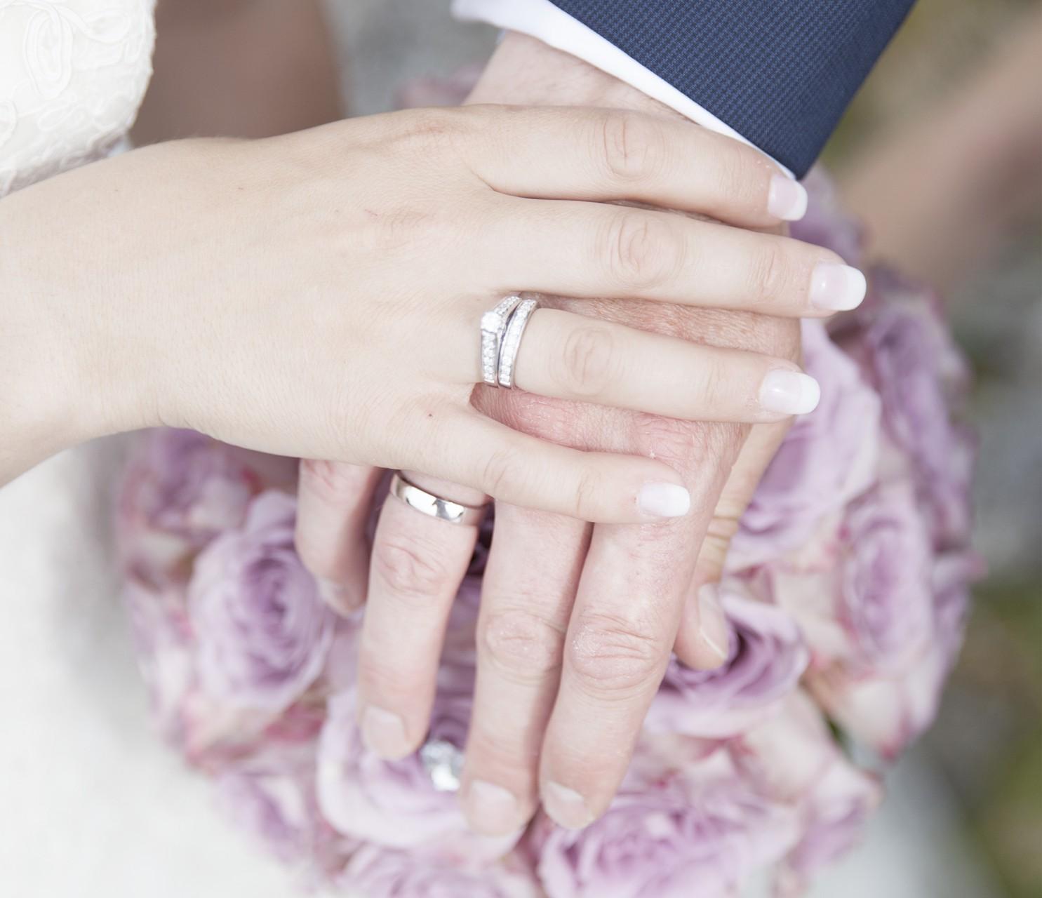 brudebukett-studioalma-roaroser-hender