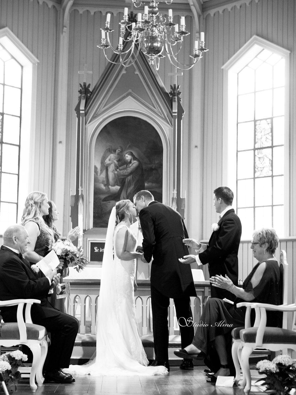 brudepar-bryllup-fotograf-studioalma