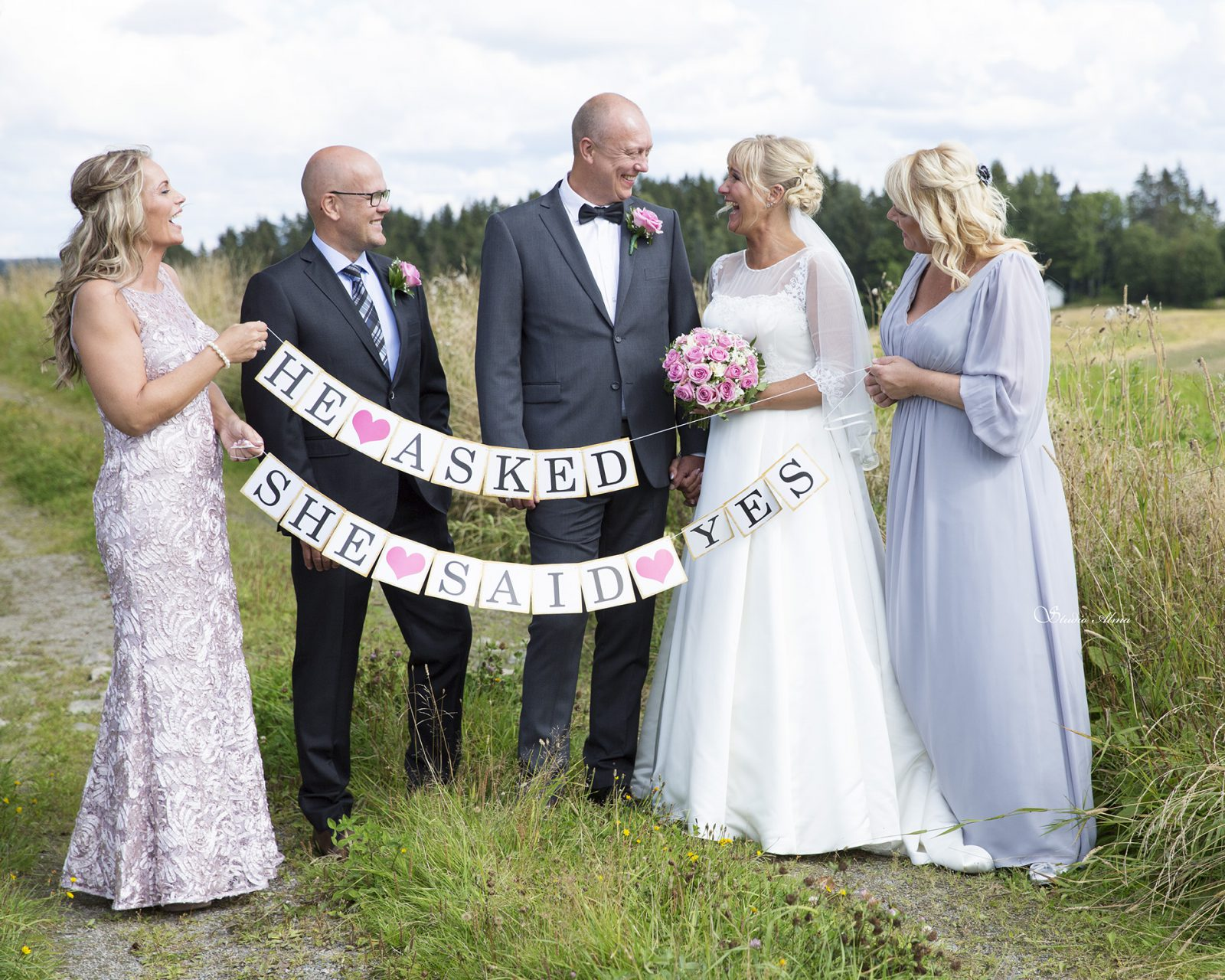 brudepar-forlovere-bryllup-studioalma