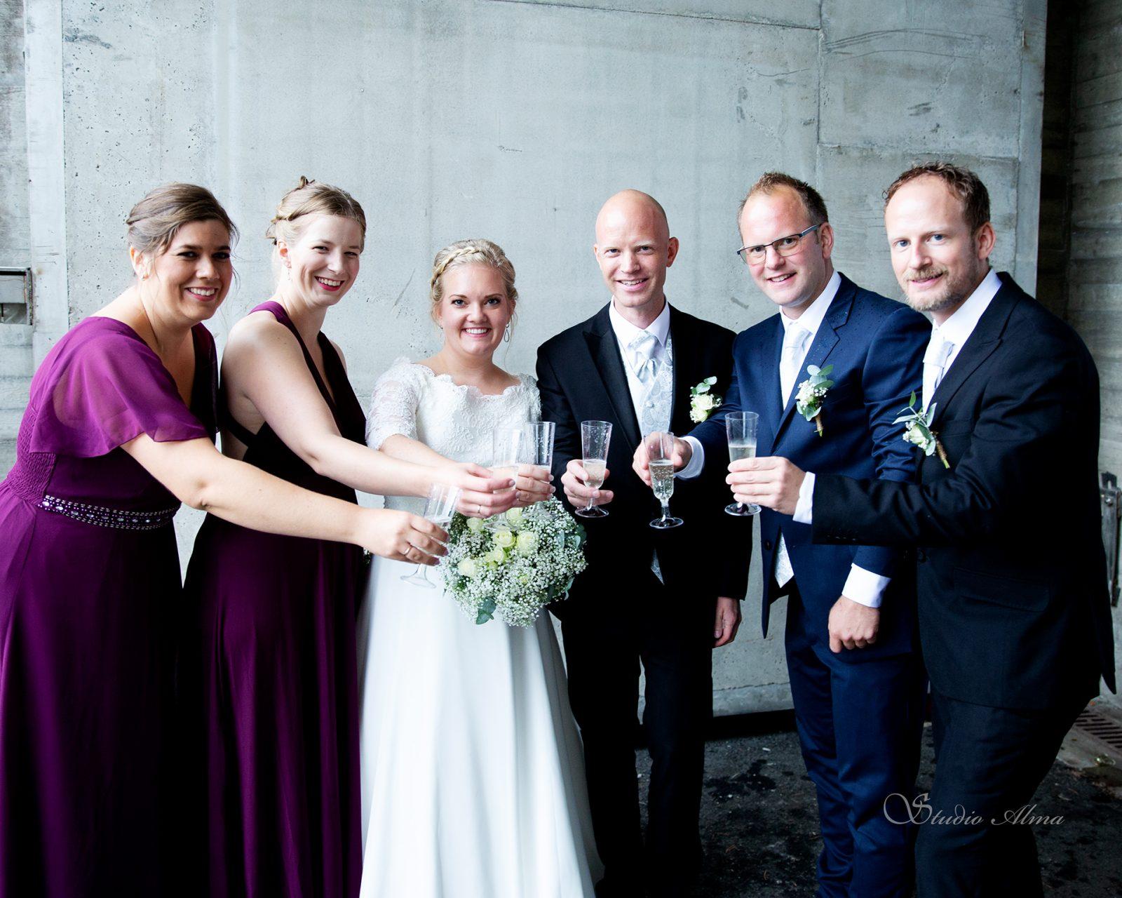 brudepar-forlovere-bryllup-studioalma-fotograf