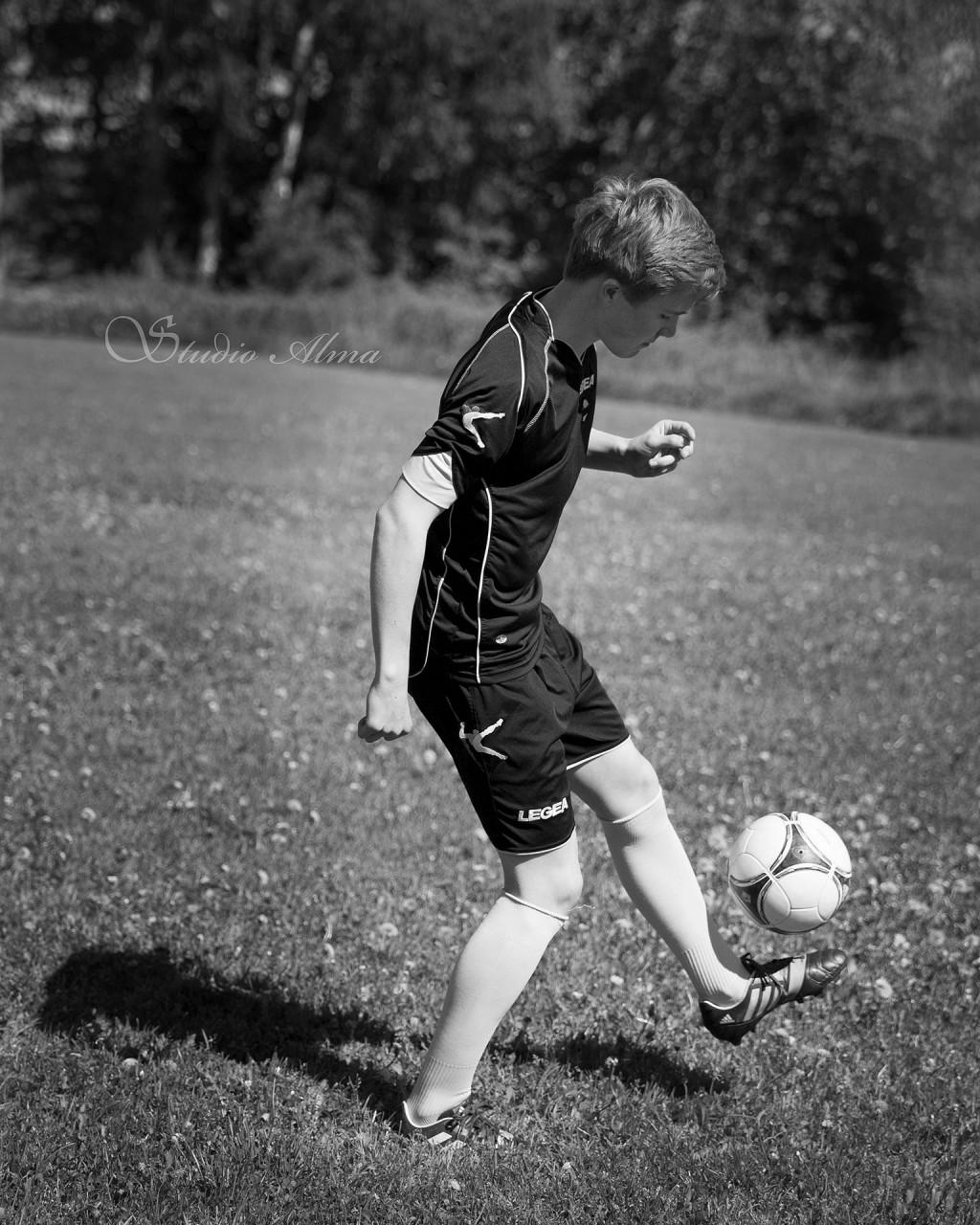fotball-konfirmant-eirik-studioalma