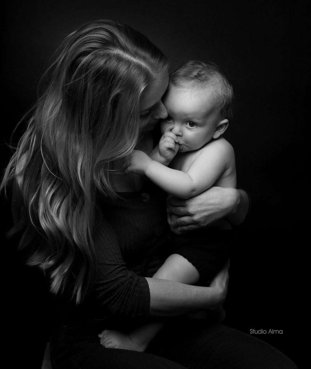 morbarn-barnebilde-fotograf-studioalma