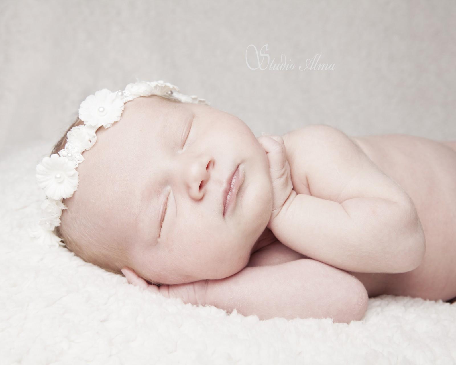 newborn-props-studioalma-6 dager