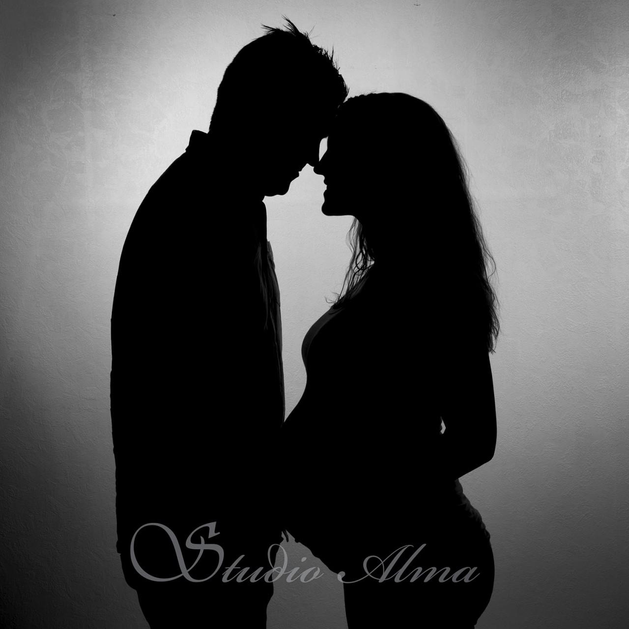 Helene-Leander-Sorthvitt-gravid-studioalma